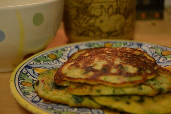 Pink purslane pancakes